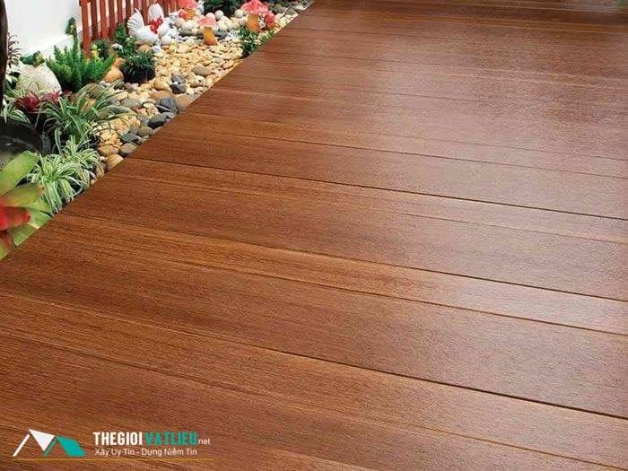 giá sàn gỗ ngoài trời tphcm
