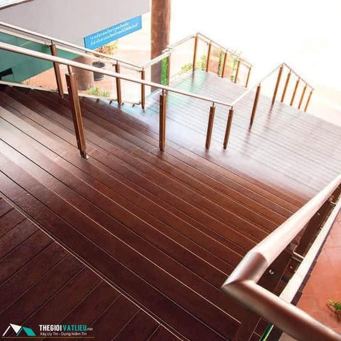 thanh cầu thang smartwood