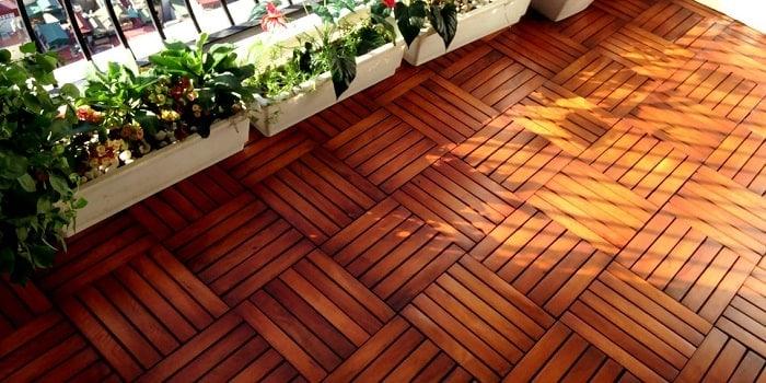 Sàn gỗ nhân tạo ngoài trời có nhiều ưu điểm tuyệt vời