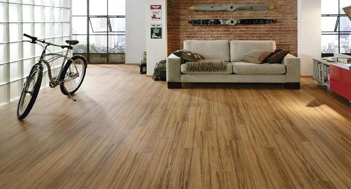 Sàn gỗ nhân tạo và sàn gỗ thiên nhiên
