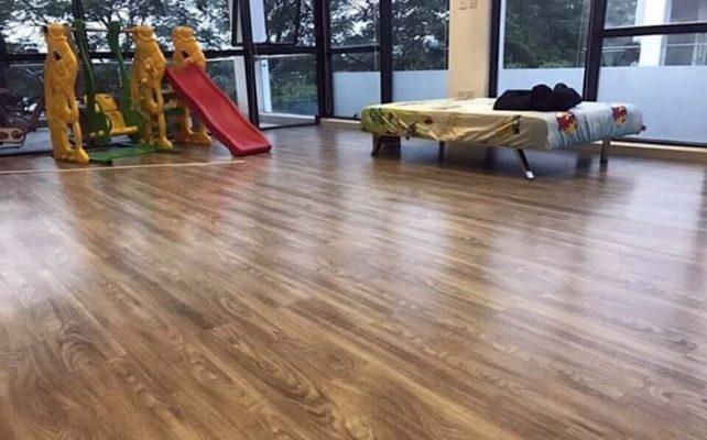 kích thước sàn nhựa giả gỗ