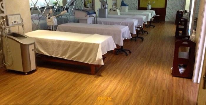 Sàn nhựa giả gỗ kích thước chuẩn tại Vật Liệu Nhà Xanh