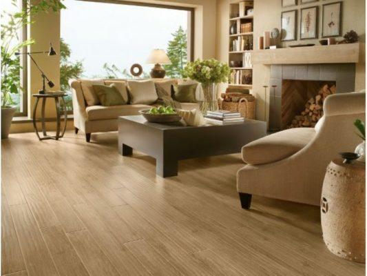 Lót sàn giả gỗ có đắt không và có nên dùng lót giả gỗ không?