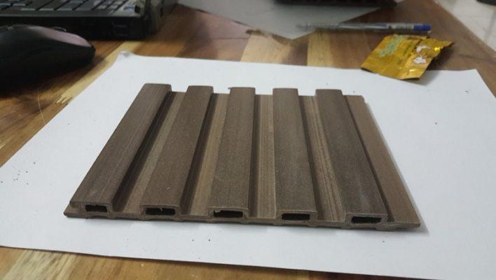 Sàn nhựa composite vân gỗ giá rẻ, chính hãng - Vật Liệu Nhà Xanh