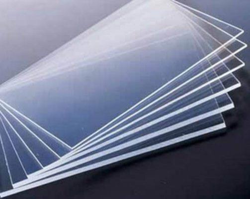 Tấm nhựa pvc cứng trong suốt là gì?