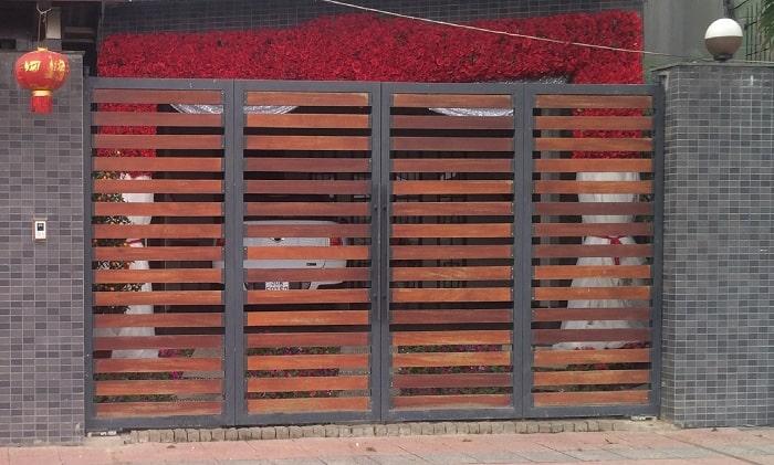 Cổng chào gỗ smartwood tại Vật Liệu Nhà Xanh