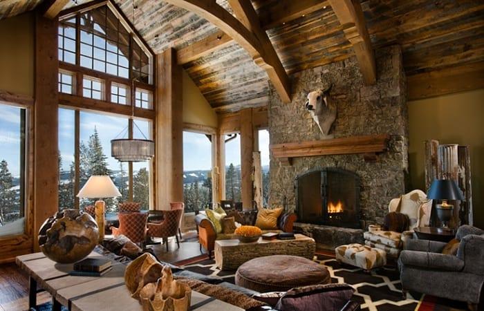 Dầm xà gỗ mộc mạc trong ngôi nhà có thiết kế Rustic