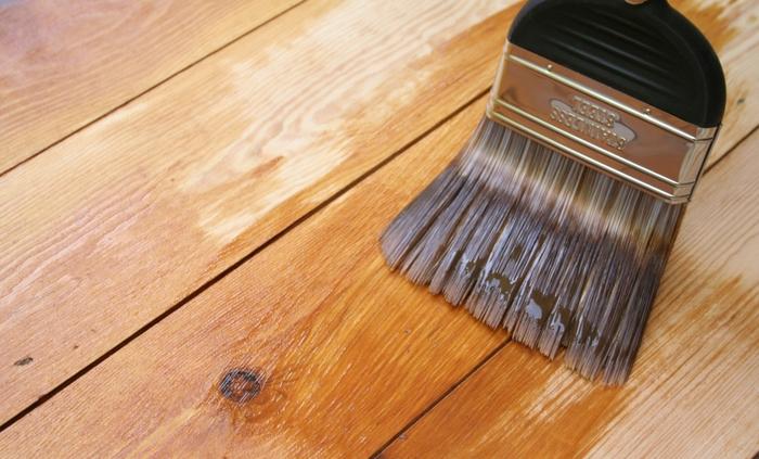 Sơn Vecni chính là cách thức truyền thống để chóng mối mọt cho gỗ