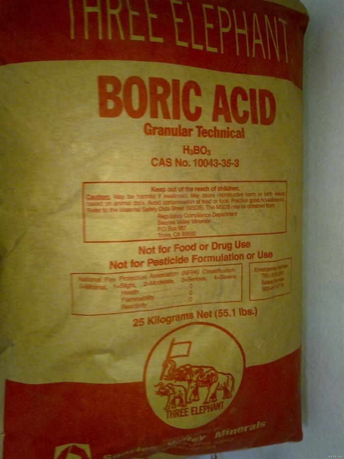 Axit Boric có tác dụng rất tốt, tiêu diệt mối mọt ngay lập tức
