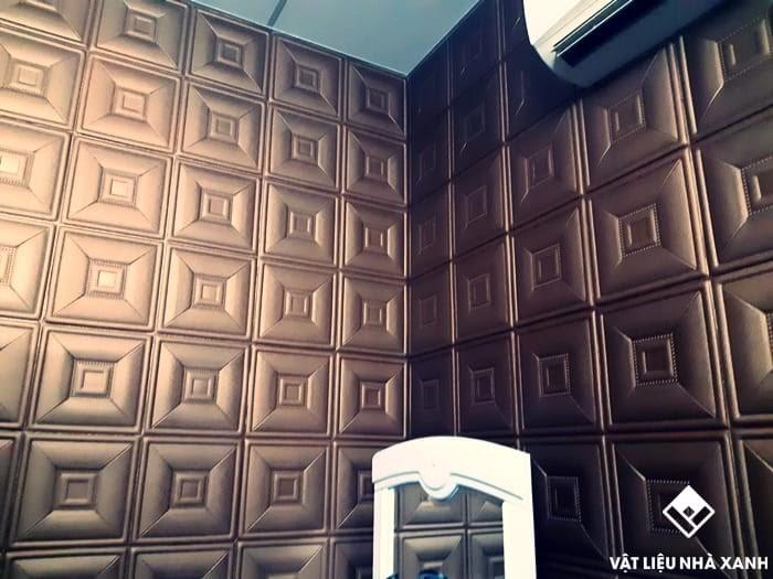 Xốp dán tường giả da tạo nên những hiệu ứng thẩm mỹ đặc sắc, thay đổi hoàn toàn không gian phòng